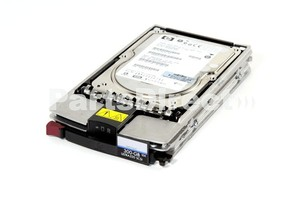דיסק סקאזי לשרת HP 350964-B22 300GB 10000 Rpm Ultra 320 SCSI Hard Drive