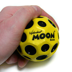 כדור וואבובה ירח  Waboba Moon Ball